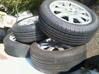 4x Ford 5-stud Alloy Wheels with 205 / 55 R16 Tyres (2x brand new, balanced) Mondeo/Focus/Transit(?)