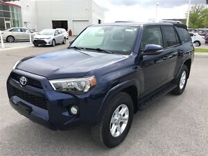 2016 Toyota 4Runner SR5 - Leather, Nav, Backup Cam & Moonroof!