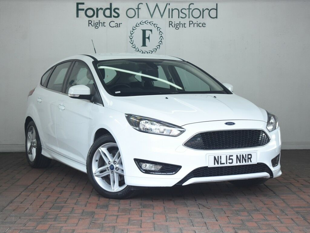 Ford Focus 1 5 Tdci 120 Zetec S 5dr Sat Nav Parking Sensors White 2015 In Winsford Cheshire Gumtree