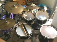 Full acoustic drum kit - good condition