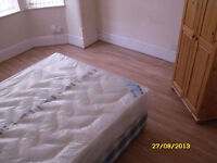 COMFY SINGLE ROOM !!! VERY CLOSE TO CANNING TOWN STATION