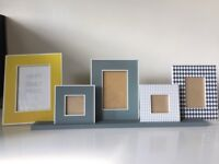 Free standing picture frames