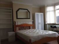 A lovely large room available in Far Cotton