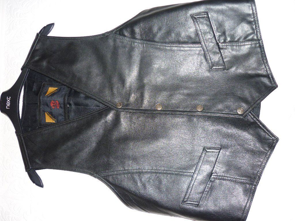 Black Leather Waistcoat (As newin Llanelli, CarmarthenshireGumtree - Made by BS Exclusive Leathers, Medium (38/40) chest. Could be considered unisex and is of a very good quality. Please text for more information if needed. Buyer collects. Thank you
