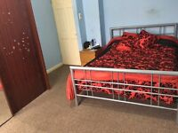Large double room for rent in Startford