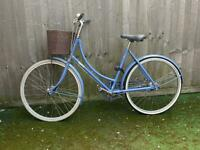 Pashley bike light blue