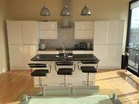 Spacious 3 bedroom luxury penthouse apartment Belfast City Centre