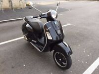 Vespa GTS 300 - Only 2100 Miles - Superb Condition