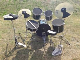 Yamaha Stage Custom - Emerald Green, Full Drum Kit with Symbols, Stands, and Dampeners
