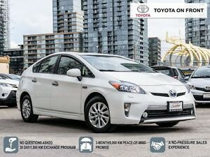 2013 Toyota Prius PLUG-IN with NAVIGATION/ LEATHER/ TOYOTA CERTI