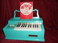 Rosedale Electric Chord Organ,ROSEDALE 615 ORGAN ('60S CLASSIC)