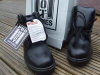 mens black work/safety boots