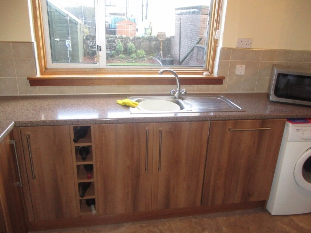 Complete set of kitchen units including sink and more