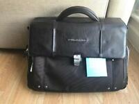 Mens briefcase PIQUADRO