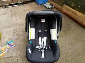 Black Britax car seat