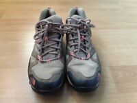 North face hiking snoes size 8 (41)