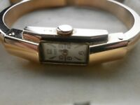 BEAUTIFUL LADIES SOLID 18CT GOLD WATCH