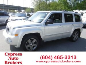 2010 Jeep Patriot Limited (Leather, Sunroof & Navigation)