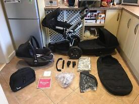 Quinny Buzz 3 Travel System in Black