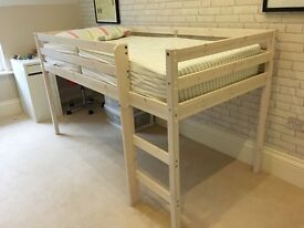 Childs raised bed with mattress