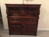 Beautiful wood dresser/wardrobe