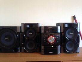 Sony hifi system with docking station