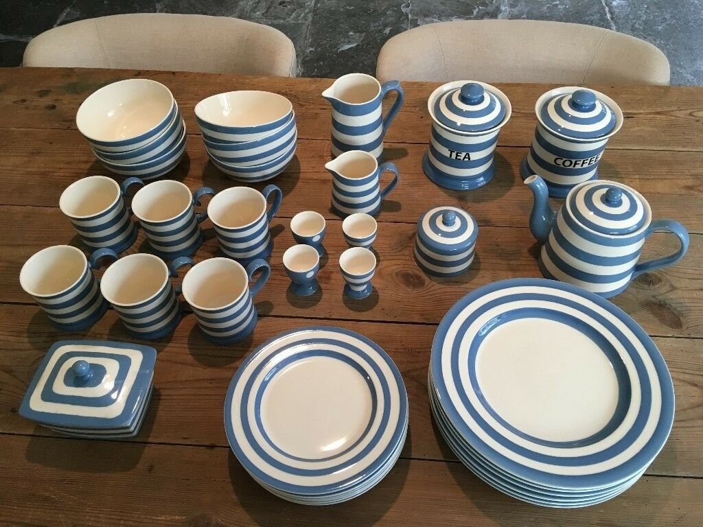 Fairmont Amp Main Blue Stripe Crockery Set In Bath