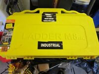 Ladder M8rix gripper