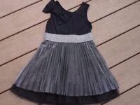 Autograph at M&S stunning party dress, very expensive when new, Really stylish!!! 6yrs.