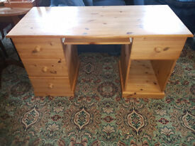 Solid Pine Writing Desk, Handcrafted Twin Pedestal good quality