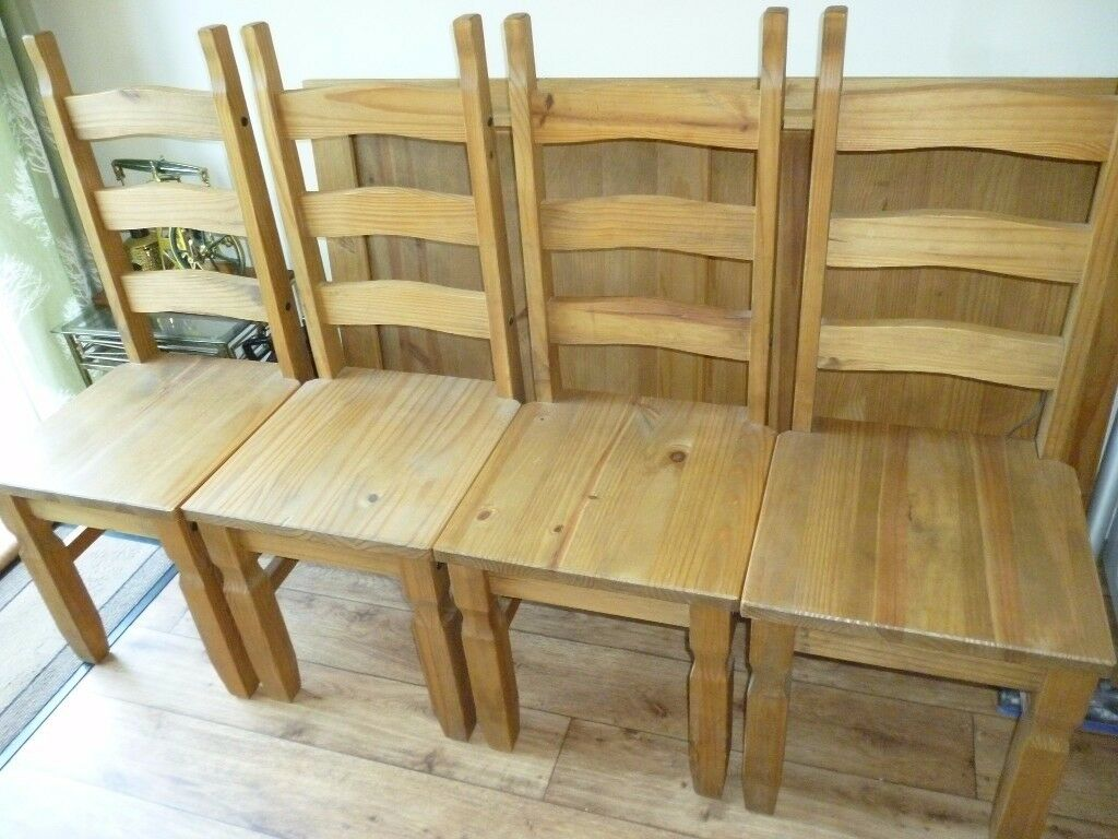 4 MEXICAN PINE HIGHBACK CHAIRS (107cm) & FREE 5FT TABLE IF REQUIRED (HAS HAIRLINE CRACK)