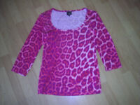 JUST CAVALLI XL size 14 / 16 animal / leopard , pink / red print top