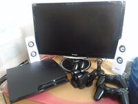 """Set of Playstation 3 + 24"""" LED Screen + 20 games + accessories = Ready to play!"""