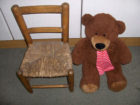 SMALL CHILDS / DOLLS CHAIR With Bear