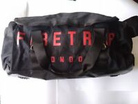 Various Gym Bags/Sports Bags/Holdalls