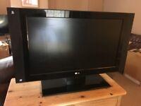 "LG 32"" TV HD LCD"