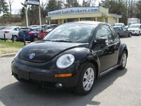 2010 Volkswagen Beetle 2.5L Automatic and leather