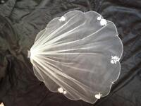 Single tier fingertip wedding veil