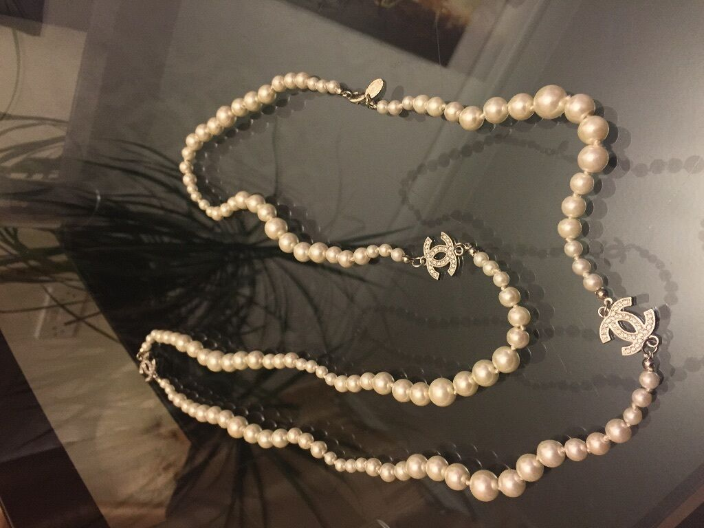 Chanel Pearl Necklace No4 Silver With Diamonds