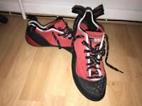 Red Chili Sausalito Climbing shoes - UK Size 11