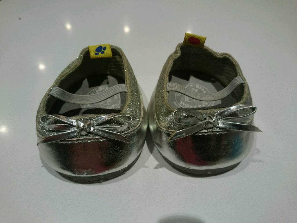 Build a bear original toy shoes x2 pairs