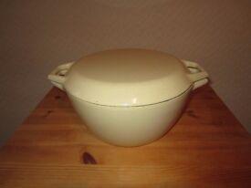AGA Cooking Pot 9 1/2 inch Diameter. £40 ono