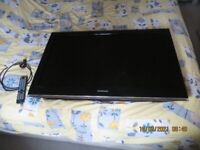SAMSUNG 40 INCH LCD TV LE40B530P7W FULLY WORKING CONDITION