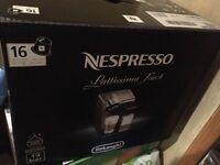 Nespresso Lattissima Touch EN550 B