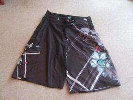 """O'Neill Shorts, 38"""" waist"""