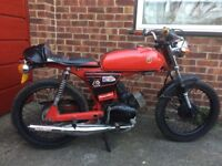 1988 Yamaha FS1E, Fizzy motorcycle / moped cafe racer