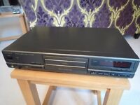 Technics cd player SL PG 490 with remote and cables in good condition.