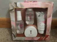 Ted Baker Set & Makeup (see pictures)