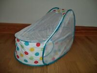 Koo-di Pop up Travel Bassinet Cot includes inflatable mattress & cotton fitted sheet