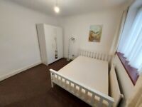 Spacious Double Room to Rent in a shared house at Harlington, Hayes UB3.(Single professional Only)